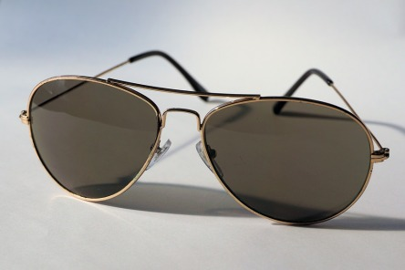 sunglasses-1247235_960_720