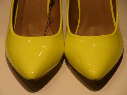 high-heels-98192_960_720