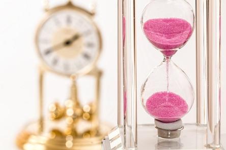 hourglass-1703330_960_720.jpg