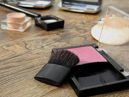 cosmetics-2116381_960_720.jpg