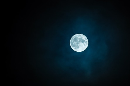 moon-1859616_960_720.jpg