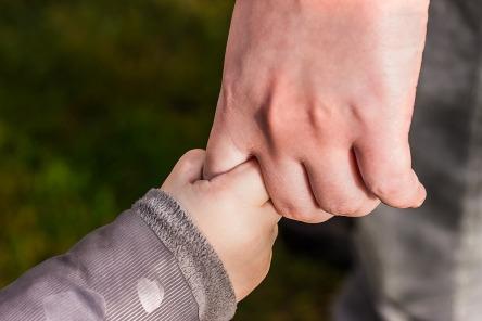 hands-1797401_960_720.jpg