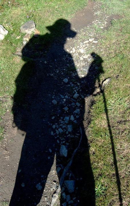 shadow-1665061_960_720.jpg