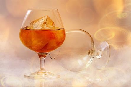 brandy-585796_1280.jpg