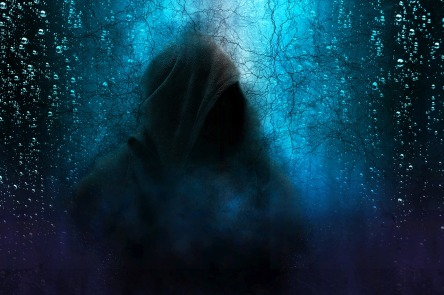hooded-man-2580085_1280.jpg
