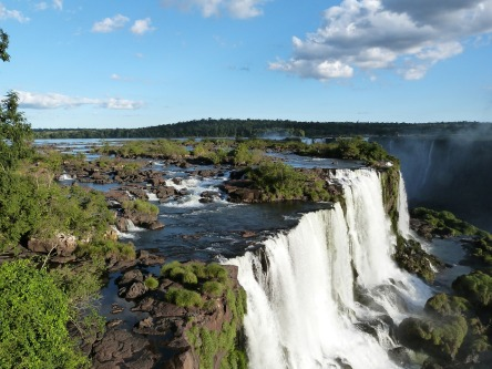 iguazu-falls-455611_1280.jpg