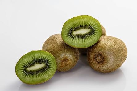 kiwifruit-400143_1280.jpg