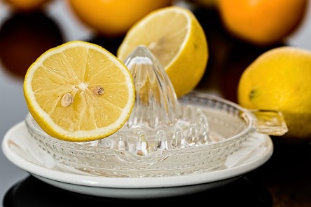 lemon-squeezer-609273_1280.jpg