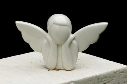 angel-2690619_1280.jpg