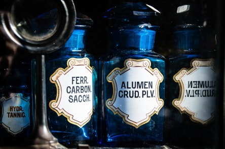 bottles-1262034_1280.jpg