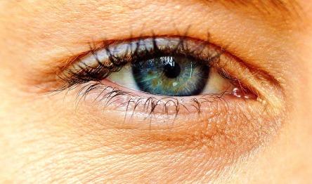 eye-2323146_960_720.jpg