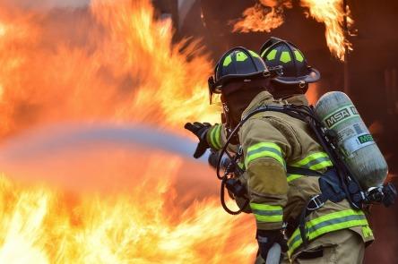 firefighters-1717916_960_720.jpg