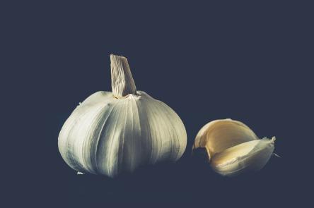 garlic-2810491_960_720.jpg