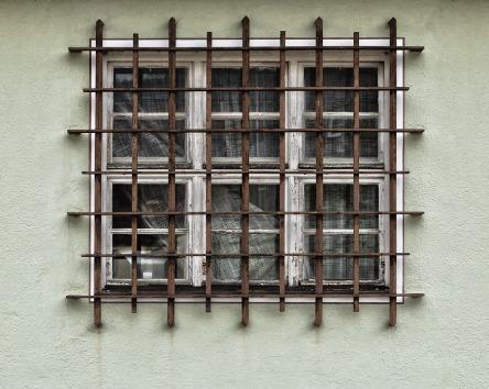 facade-3307517_960_720.jpg