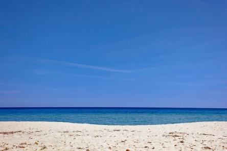 beach-3392913_960_720.jpg