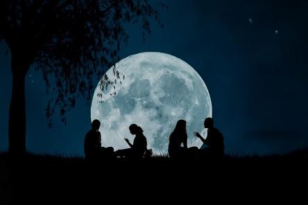 moon-2776955_960_720.jpg