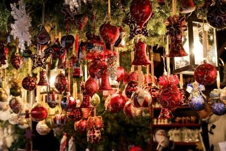 christmas-market-550323_960_720.jpg