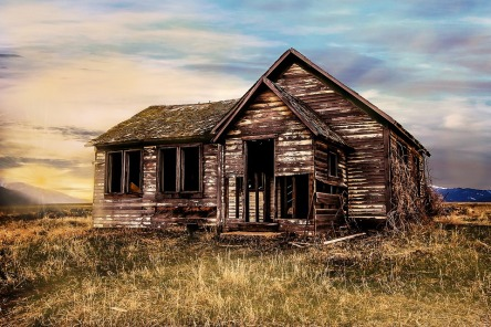 old-farmhouse-2535919_960_720